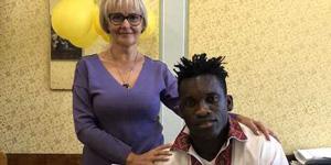 Як Фаріон вчила футболіста з Африки української мови (ВІДЕО)